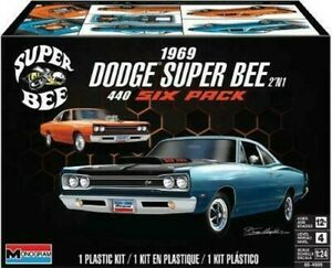 1969 Dodge Super Bee 2'n1 1:25 Plastic Model Kit Monogram