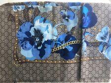 Gucci Scarf Pansie Flower Sapphire Blue Wool Scarf Shawl Beige Big GG Tag New