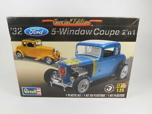Revell 32 Ford 5 Window Coupe 2 in 1 Plastic Model Kit 1:25 Scale