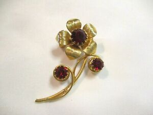 "GOLD TONE & RED RHINESTONE FLOWER PIN~2"""