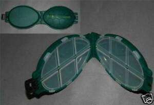 Carp fishing tackle GREEN TURTLE shape box 4 hooks etc