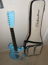 Silvertone 1449 reissue surf guitar with deluxe gigbag Daphne blue
