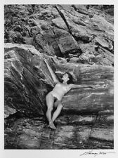 "J. THOMAS YOUNG CLASSIC NUDE STUDY ON THE ROCKS 9""X12"" PHOTOGRAPH - NO RESERVE!!"