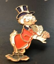 DISNEY SCROOGE MCDUCK COUNTING HIS MONEY PIN PINPICS # 15263