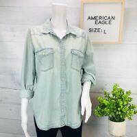 American Eagle AEO Womens Slim Fit Denim Chambray Shirt Pearl Snap Blue Size L
