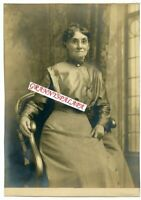 """Vintage Photo 7"""" x 10"""" - Close Up - Very Cute Older Lady Sitting / Glasses & Pin"""