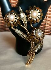 Lg Vintage M Jent High Relief Gold-Plated Faux Pearl Flowers Brooch Pin - Signed