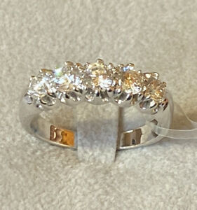 Ring Engagement Ring White Gold 18 Kt. With 5 Natural Diamonds Ct. 0.0448oz VVS