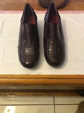 Forest Burgundy Snake Print Shoes Size 10