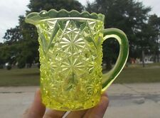 """1880s ORIGINAL DAISY & BUTTON WITH V ORNAMENT EAPG VASELINE GLASS 5""""PITCHER"""