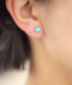 Colombian Emeralds Stud Earrings in 18K Gold