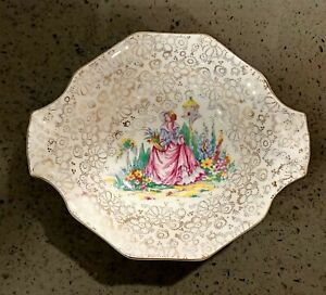 H&K Tunstall Crinoline lady birdhouse bird garden tabbed dish