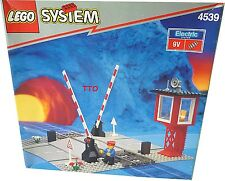 Lego 4539 Train 9 V Track Manual Level Crossing Sealed NEW IN BOX  B31