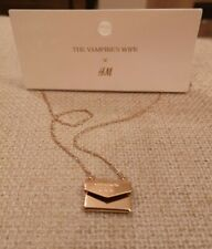 The Vampires Wife HM H&M Gold Envelope Necklace