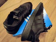 Adidas i-5923 Iniki Black US 9,5 UK 9 EUR 43 1/3 BD7525