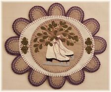 PATTERN!~*Mistletoe Memories*~Winter Ice Skates Penny Rug/Table Mat~*PATTERN*~