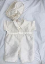 Baby boy Spanish Designer Couche tot Gorgeous Romper Suit With hat 9 -12 mts