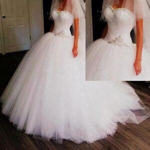Luxury sweetheart neckline crystal decoration bridal wedding dress brand