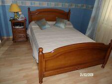 lit complet avec sommier et matelas 140x190 et table de nuit