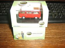 OXFORD DIE-CAST - VW CAMPER in RED & WHITE - 00 GAUGE / 1:76 SCALE