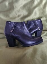 Ladies Clarks Shoe/boot Blk Leather Size 5