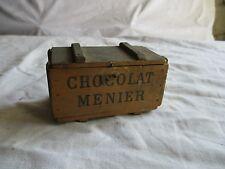 petite boite en bois publicitaire CHOCOLAT MENIER ancienne.