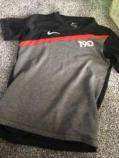 Age 8-10 Years Nike Tshirt T90