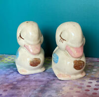 Vintage Shawnee Ceramic Art Pottery Duck Salt & Pepper Shakers Original Sticker