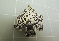Sterling Silver 925 Children Around A Christmas Tree XMAS Brooch Pin 8.5Grams