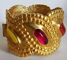 ~A MUST! Vtg FRENCH Designer Matte Gold Pltd Gripoix Cabochon CUFF BRACELET