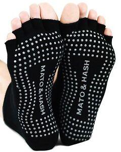 """Mato & Hash Toeless Exercise """"Barefoot Feel"""" Yoga Half Toe Socks With Full Grip"""