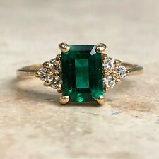 14 KT Yellow Gold Diamond & Green Emerald Cut emerald Ring Vintage Estate