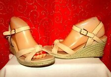 COLE HAAN CYNTHIA NUDE/BEIGE LEATHER OPEN TOE TOP KNOT WEDGE SANDALS SZ 9 EUC