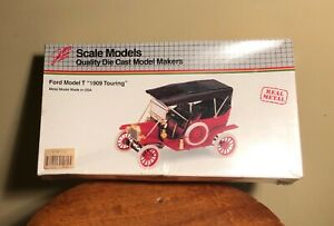 FORD MODEL T 1909 TOURING ~ JLE DIE CAST METAL MODEL 1/20 SCALE ~ NEW SEALED BOX