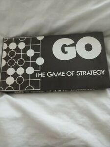 VINTAGE RARE BOARD GAME GO THE GAME OF STRATEGY PRE-OWNED COMPLETE FOR 2 PLAYERS