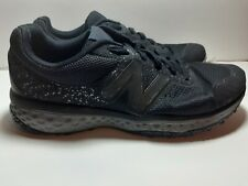 New Balance 4E Men's Us sz12 Black Dark Grey  Trail Running Shoes  (used defect)