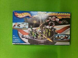 HOT WHEELS ROBO WHEELS BATTLE ARENA SET NEW IN BOX NEW