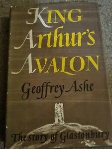 VINTAGE BOOK KING ARTHUR'S AVALON GEOFFREY ASHE 1963