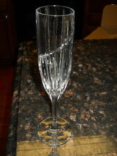 MIKASA UPTOWN FLUTED CHAMPAGNE FLUTE