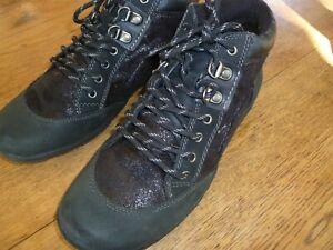 Planet comfort black casual walking womens shoes size AU 8