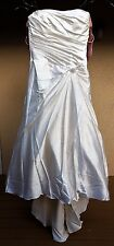 En Vogue Bridal Wedding Dress Style LT102 Size 16 Ivory White Silver Beads NEW