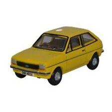 Voitures, camions et fourgons miniatures jaunes 1:76
