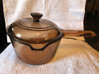 CORNING WARE VISIONS Pyrex Amber Cookware 1L/1 Qt Saucepan with Lid USA NICE !