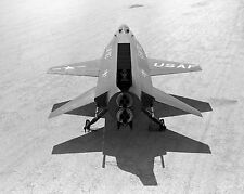 REAR VIEW X-15 RESEARCH AIRCRAFT DRY LAKE BED AT EDWARDS - 8X10 PHOTO (AA-388)