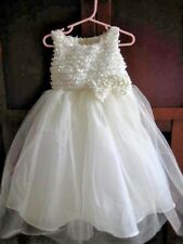 Flower Girl dress for little girl size 4 cream with beautiful detail just lovely