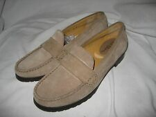 COLE HAAN Womens taupe beige Suede Loafer Shoes Size 6 B Medium DISPLAY