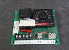 WATLOW TEMPERATURE CONTROLLER 120 VAC -125 TO 425°F   MODEL: 147E-1610-1100