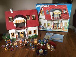 PLAYMOBIL 4279 SUBURBAN MODERN HOUSE + EXTRA FURNITURE & ACCESSORIES**DOORBELL