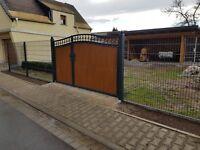 Hof Flüge Tore. Zaun, Stahlbau aus Polen.
