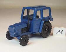 Playart 1/64 Zetor Tractor Trecker blaumetallic #011
